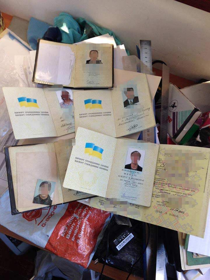 forged-passports-Ukraine